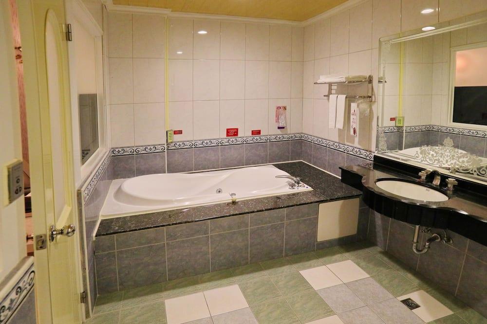 標準雙人房, 1 張特大雙人床 (A) - 浴室