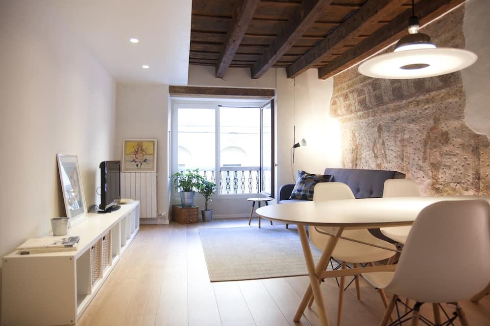 Dizajnerski apartman, 1 spavaća soba, čajna kuhinja - Dnevni boravak