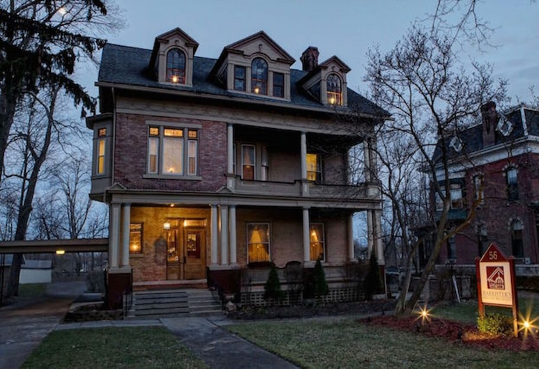Barrister's Bed & Breakfast, Seneca Falls, Hotel Front – Evening/Night
