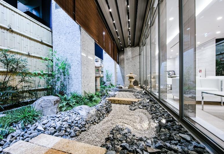 ホテルユニゾ大阪心斎橋, 大阪市, 中庭