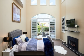 Picture of Sorrento Beach Manor in Sorrento