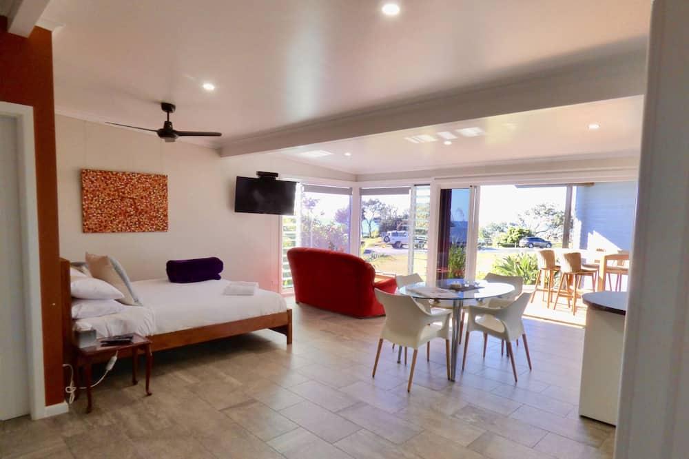 Апартаменти, 2 спальні, кухня (ArtHOUSE No. 3) - Житлова площа