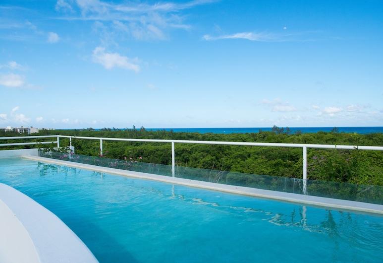 Ocean Zen Suites on 5th Avenue - Adults Only, Playa del Carmen, Infinity Pool