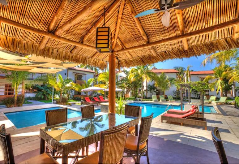 Boca Olas Resort Villas, La Libertad, Hotel Bar