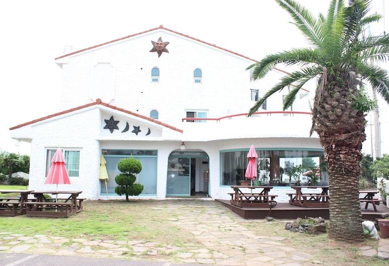 亞曼提旅館, 西歸浦