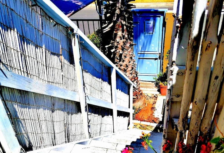 West Beach Cottage, Cape Town, Honeymoon Studio Suite, 1 Bedroom, Balcony, Mountain View (Lilacs), Room