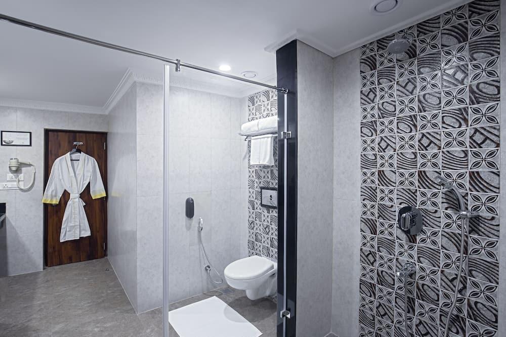 Pagerinto tipo kambarys, vaizdas į miestą - Vonios kambarys