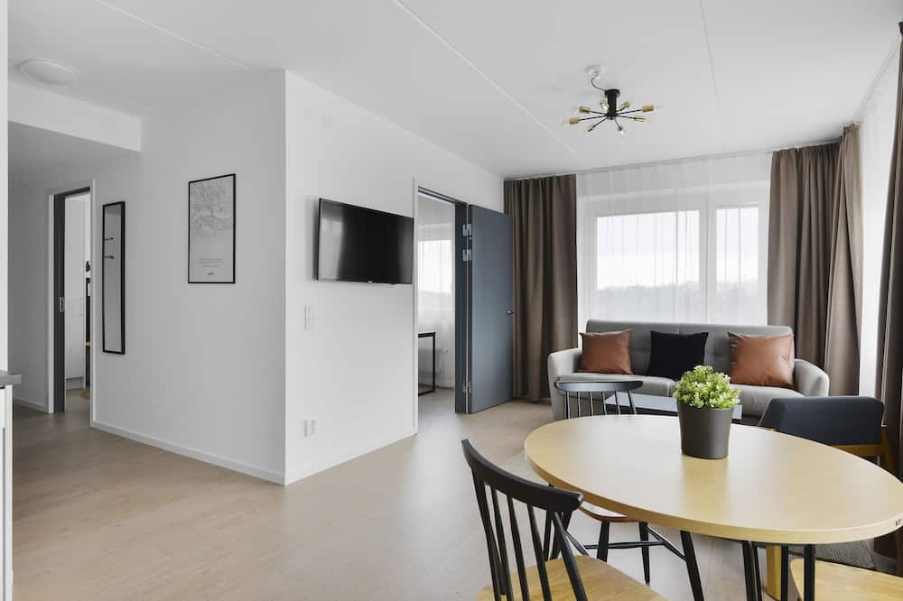 Suite - Essbereich im Zimmer