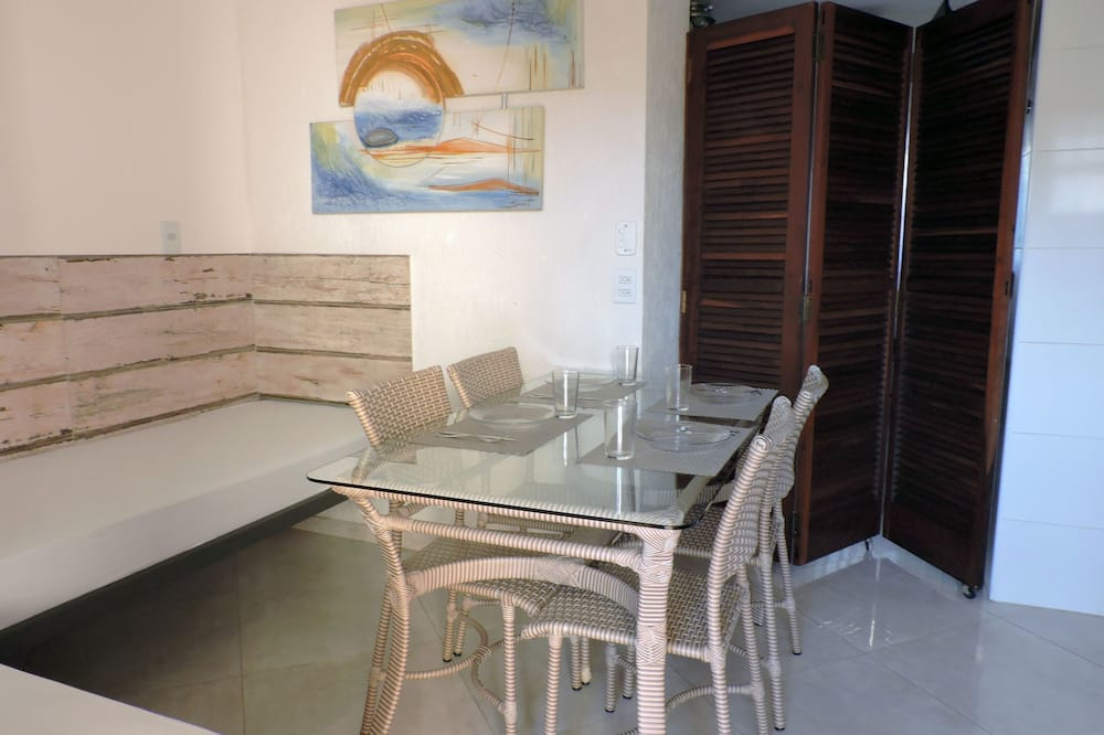 Apartment (03-B) - Living Room