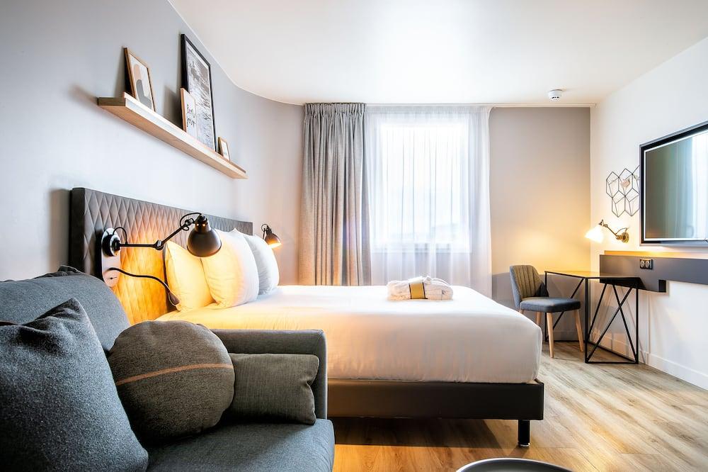 Сімейний двомісний номер, 1 двоспальне ліжко та розкладний диван - Номер