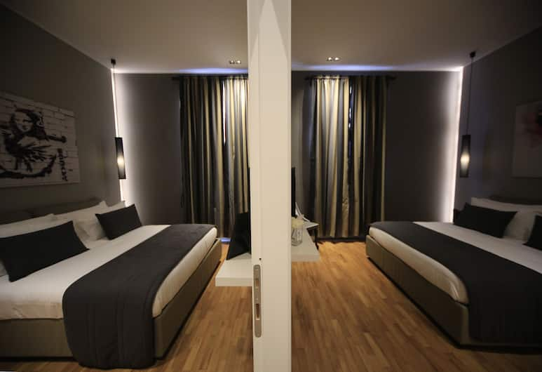 K Rooms, Rome, Comfort Quadruple Room, 2 Queen Beds, Guest Room