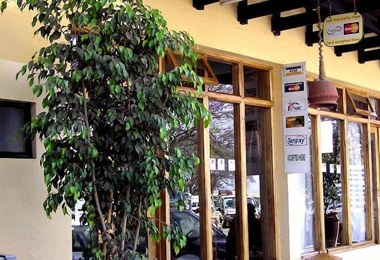 Arusha Backpackers Hotel - Hostel, Αρούσα