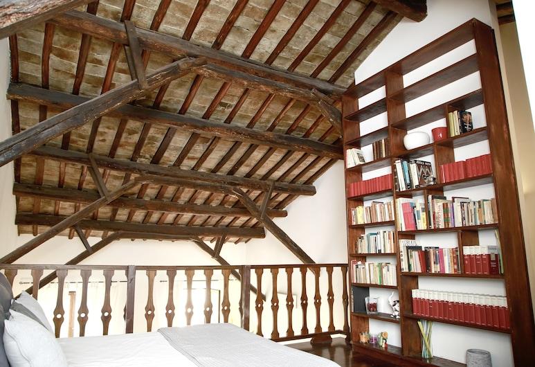 Vicolo Moroni Apartment, Rome, Deluxe Loft, 2 Bedrooms, Room