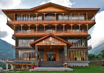 Picture of Snow Flakes Resort in Manali