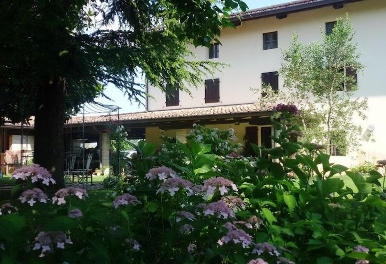 Fiori di Maggio, Codroipo, A szálláshely külső területe
