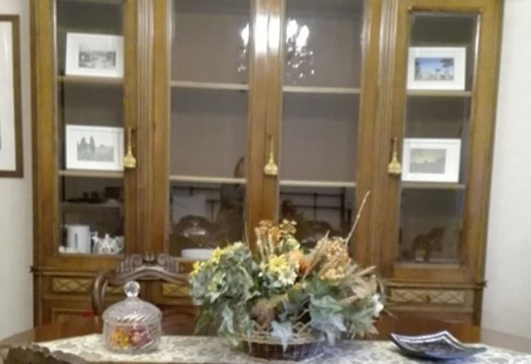 Holiday Special Guest Rome and Vatican Flat, Rome, Apartment, 3 Bedrooms, Living Room