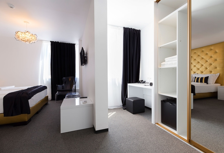 B Gold Luxury Rooms, Split, Deluxe Double or Twin Room, Room
