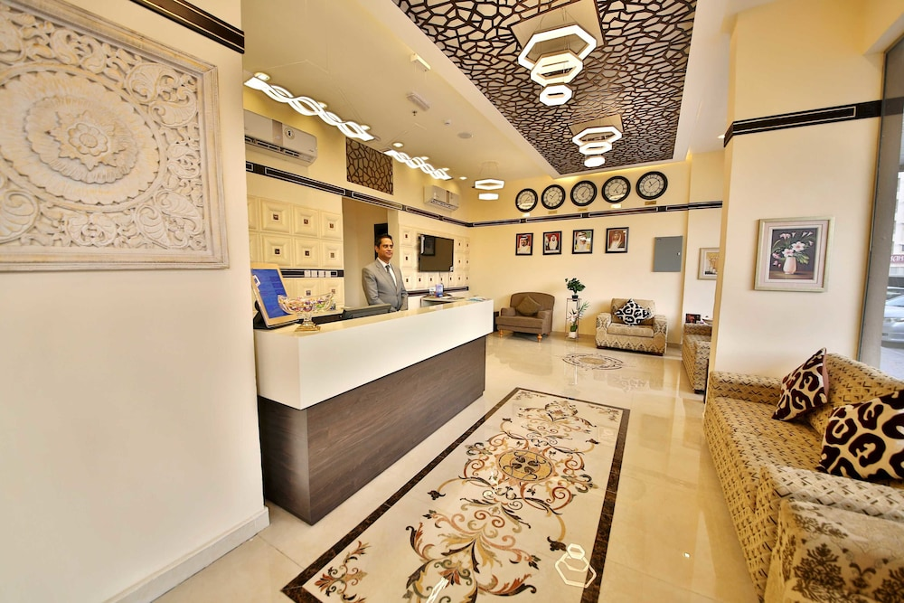 book midtown furnished apartments in ajman hotels com