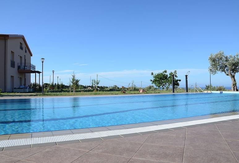 Case Mistretta, Altavilla Milicia, Outdoor Pool