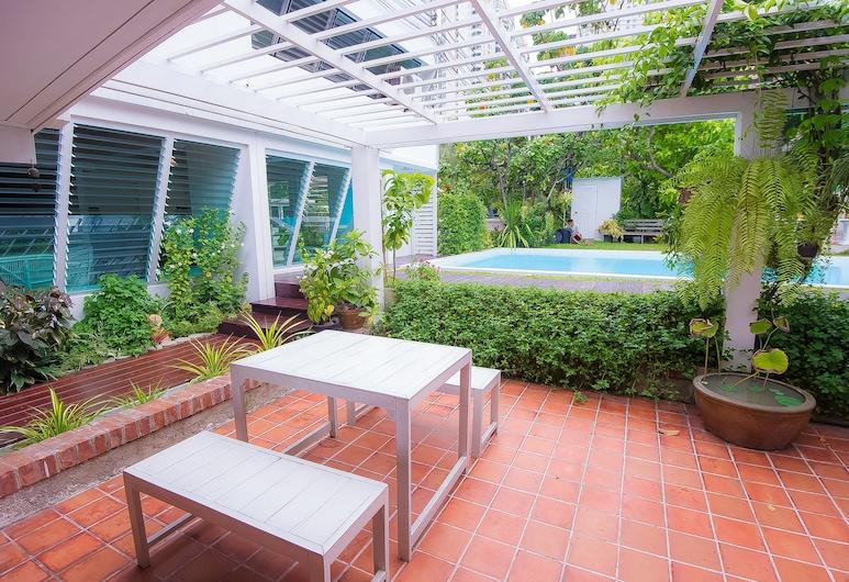 Vimala Suites , Bangkok, Garden
