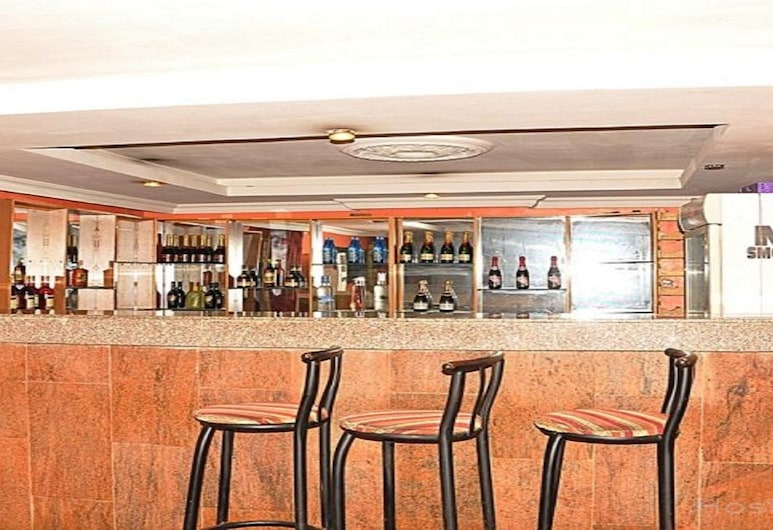 Shadlat International Hotel, Lagos, Hotel Bar