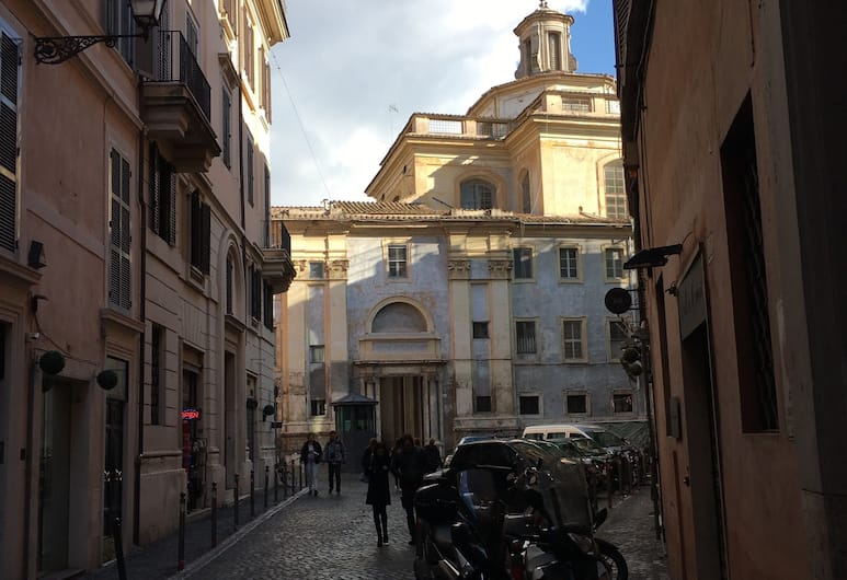 Pantheon Old Suite, Roma, Cortile