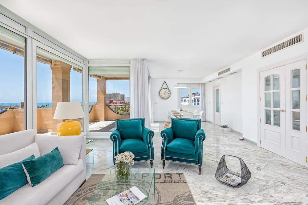 Penthouse, 2 Bedrooms, Terrace, Sea View - Living Area
