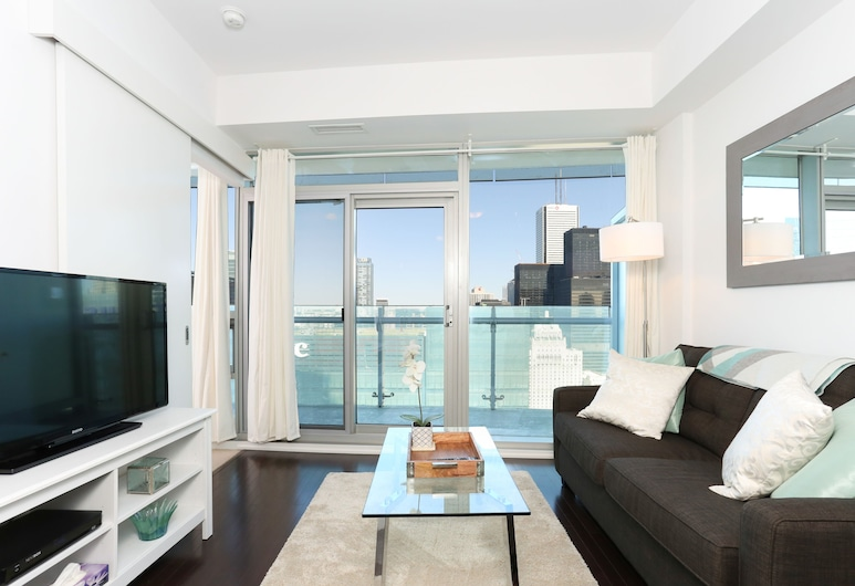 Platinum Suites - Incredible CN Tower View, Toronto, Luxury Apartment, 1 Queen Bed with Sofa bed, City View, Tower, Living Room