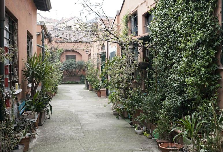 Italianway   - Mortara, Milano, Okolica objekta