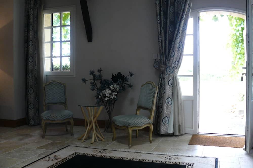 Pokój dwuosobowy typu Comfort (Bouchalès) - Salon