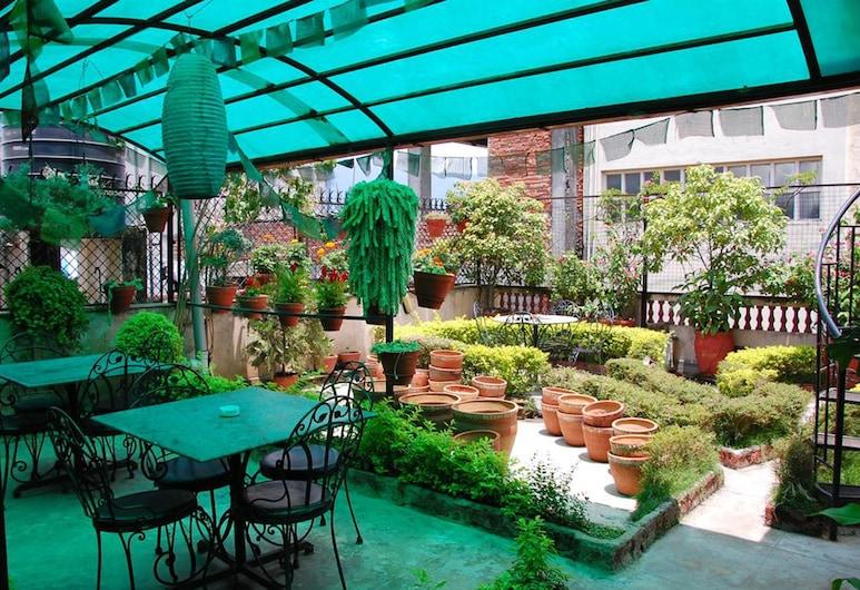 Kathmandu Peace Guest House, Kathmandu, Garden