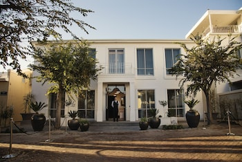 Picture of Manor House at the Queen Victoria Hotel in Cape Town
