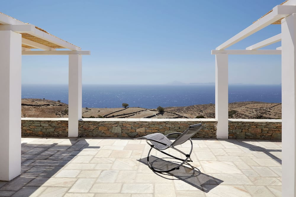 Luxury Villa, 2 Bedrooms, Private Bathroom, Sea View - Terrace/Patio
