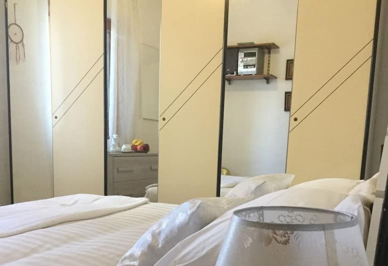 Candy Guest House, Rome, Apartment, 2 Bedrooms, Room