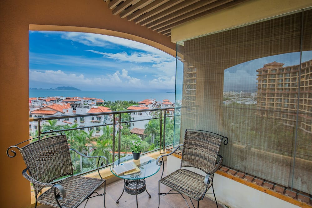 Deluxe Double Room with Sea View - Balcony