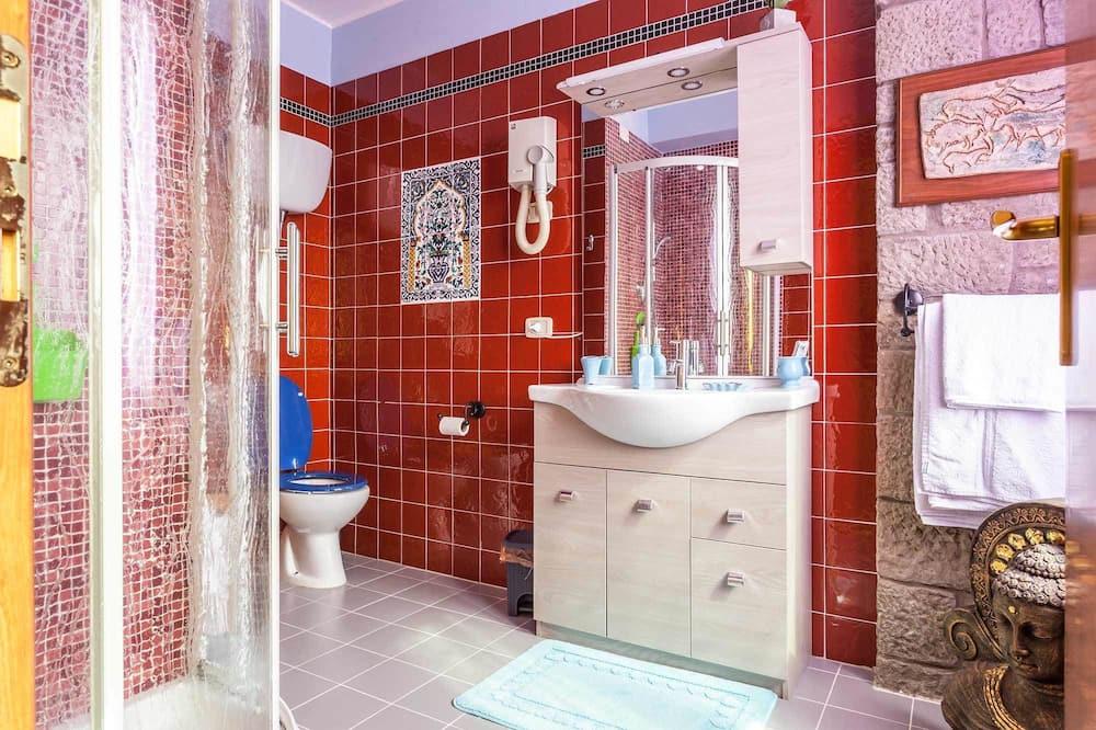 高級雙人房, 湖景 - 浴室