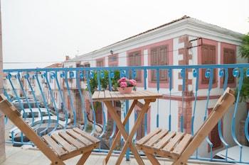 Nuotrauka:  Koboroz Otel, Aivalikas