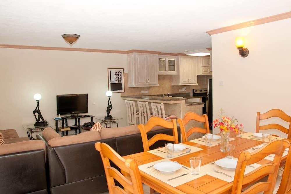 Comfort Condo, 1 Bedroom, Non Smoking - In-Room Dining