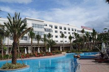 תמונה של Sanya Jingrun Pearl Theme Hotel בסנייה