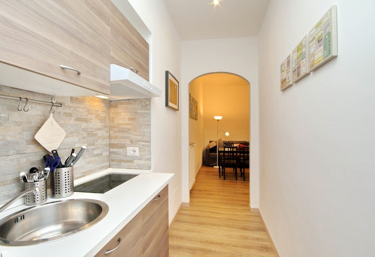 Holiday rental San Lorenzo district, Rome, Studio, Room