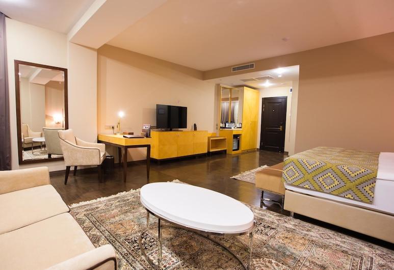 Best Western Plus Astana, Nur-Sultan, Suite junior, 1 cama King size, para no fumadores, Habitación