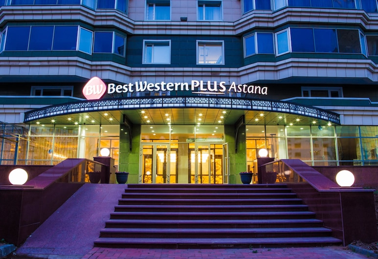 Best Western Plus Astana, Nur-Sultan, חזית המלון