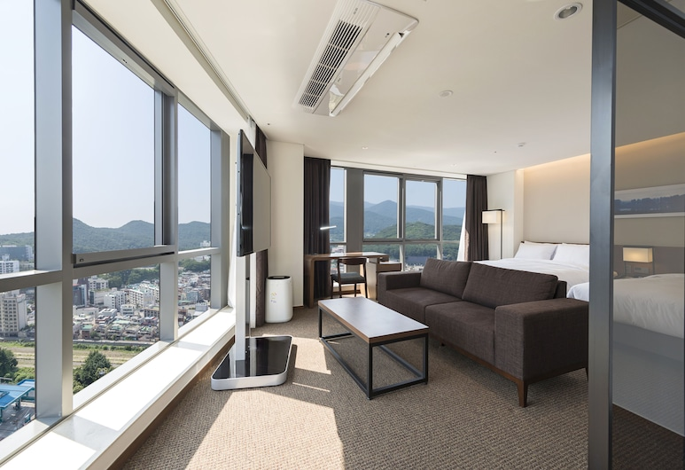 Ramada Encore Haeundae, Busan, Corner Suite Twin, Guest Room