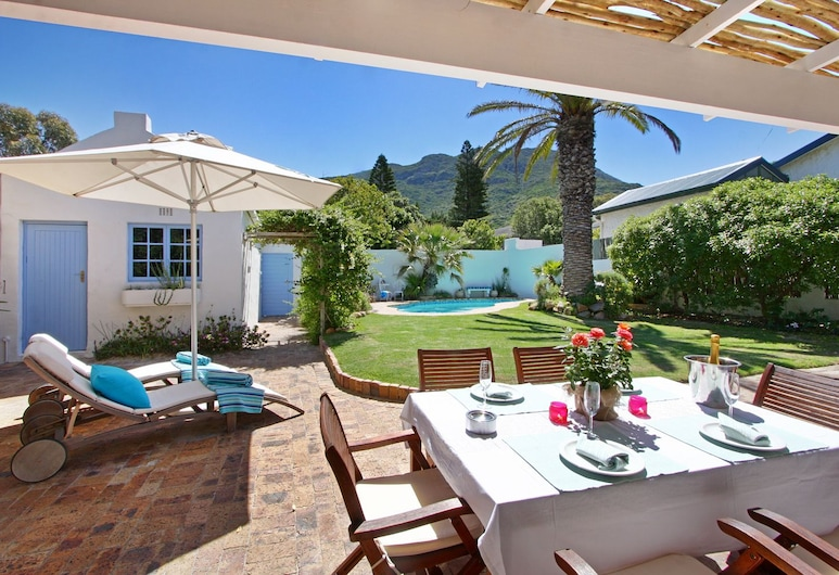 Hout Bay Beach Cottage, Cape Town, Terrace/Patio