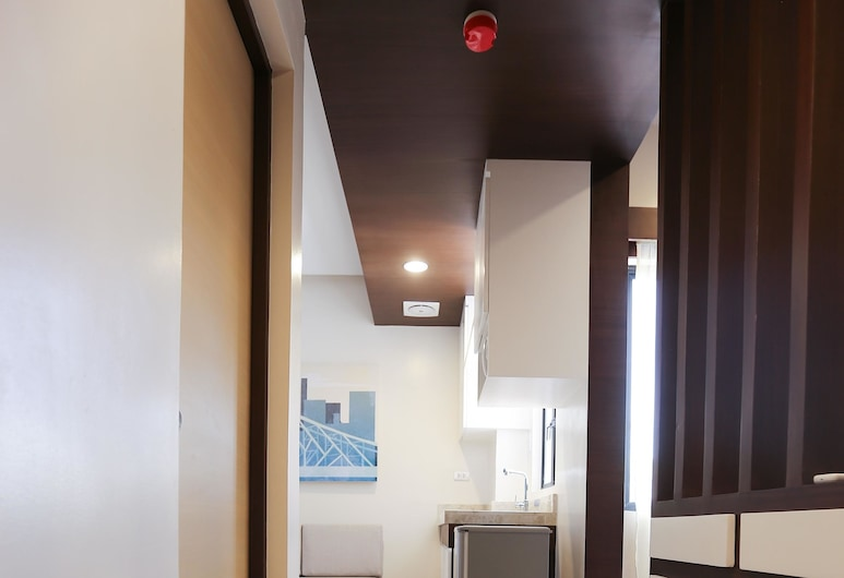 BED+BATH Serviced Suites, Iloilo, Suite, Guest Room