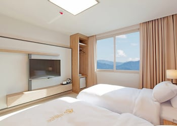 Picture of Yeosu Stay Hotel in Yeosu