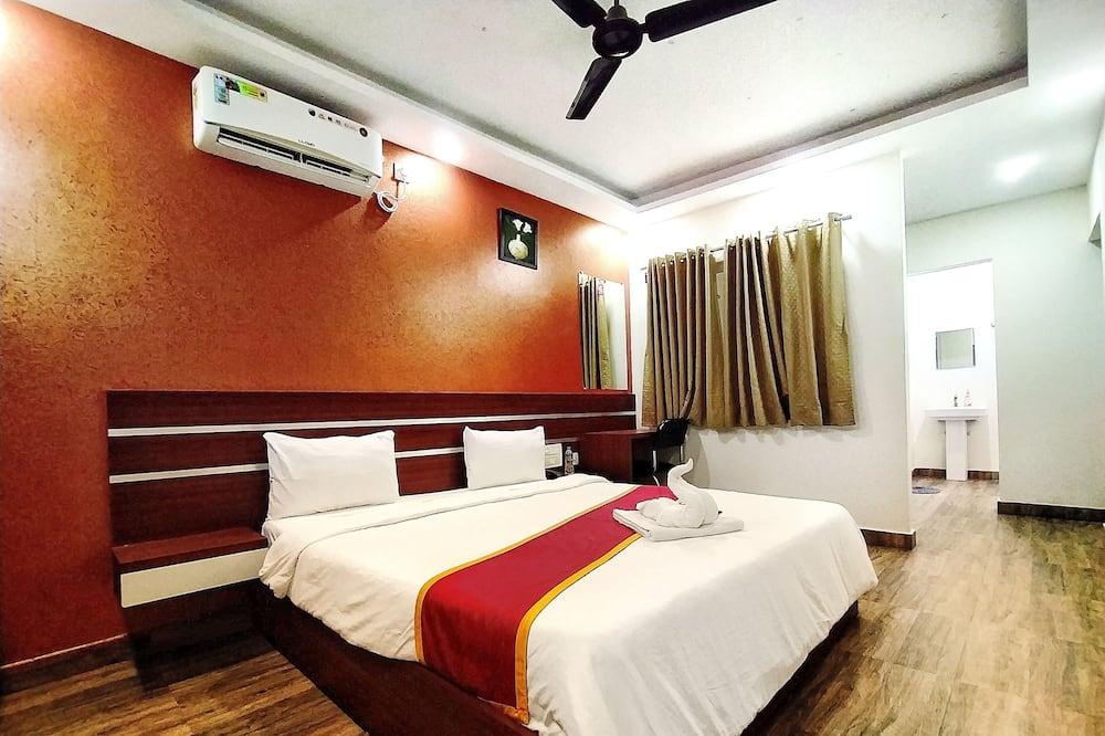 Suite Mewah, 1 Tempat Tidur King, balkon, pemandangan kota - Kamar Tamu