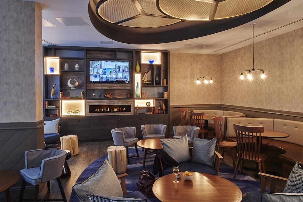 South Point Suites London