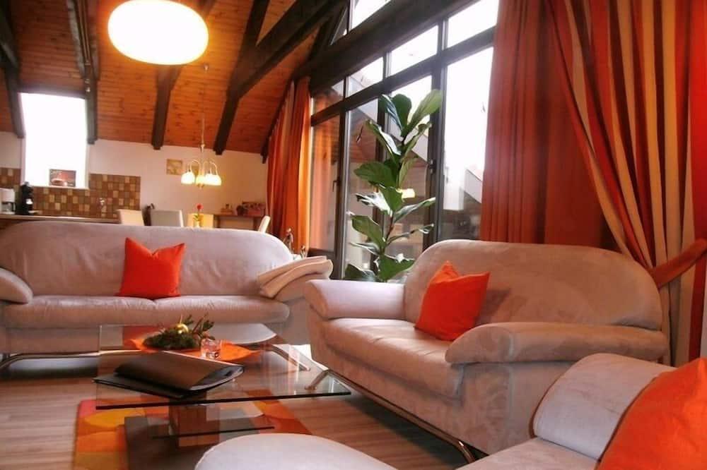 Представительская студия-люкс, 1 двуспальная кровать «Кинг-сайз» - Зона гостиной