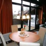Представительская студия-люкс, 1 двуспальная кровать «Кинг-сайз» - Вид с балкона